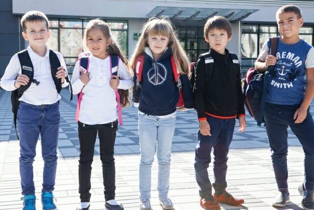 外国の小学生